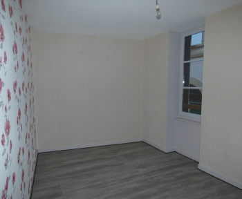 Location Appartement 3 pièces Thiers (63300) - RUE CHABOT