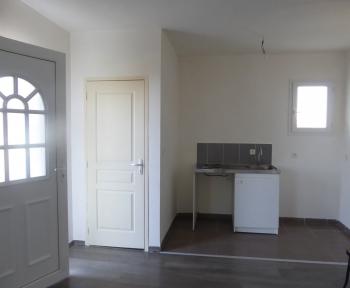 Location Appartement avec terrasse 3 pièces Puy-Guillaume (63290) - CENTRE VILLE